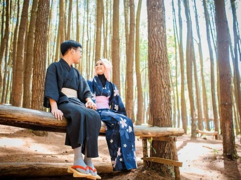Kenshuusei Perempuan Couple